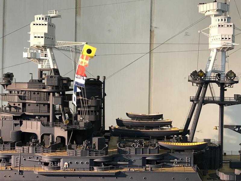 USS ARIZONA 1/200 TRUMPETER - Page 6 Fullsi20