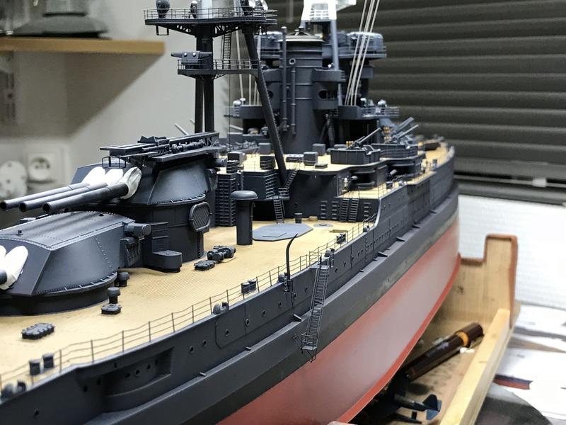 USS ARIZONA 1/200 TRUMPETER - Page 5 K3umba10