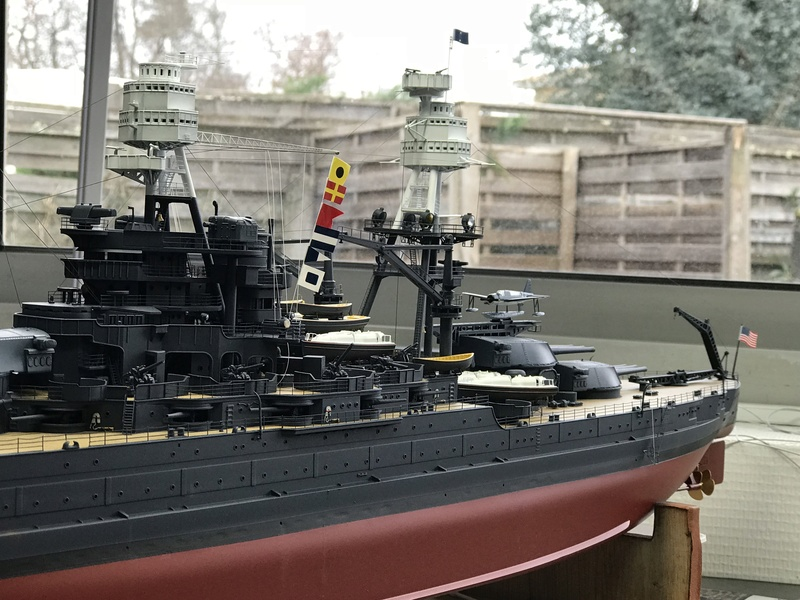 USS ARIZONA 1/200 TRUMPETER - Page 6 Nv30u510