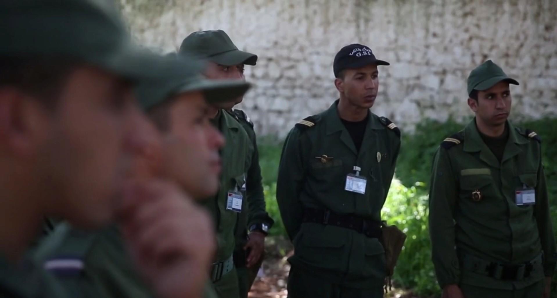 Groupement de Sécurité et d'Intervention de la Gendarmerie Royale ( GIGR - GSIGR ) - Page 6 Sans_118