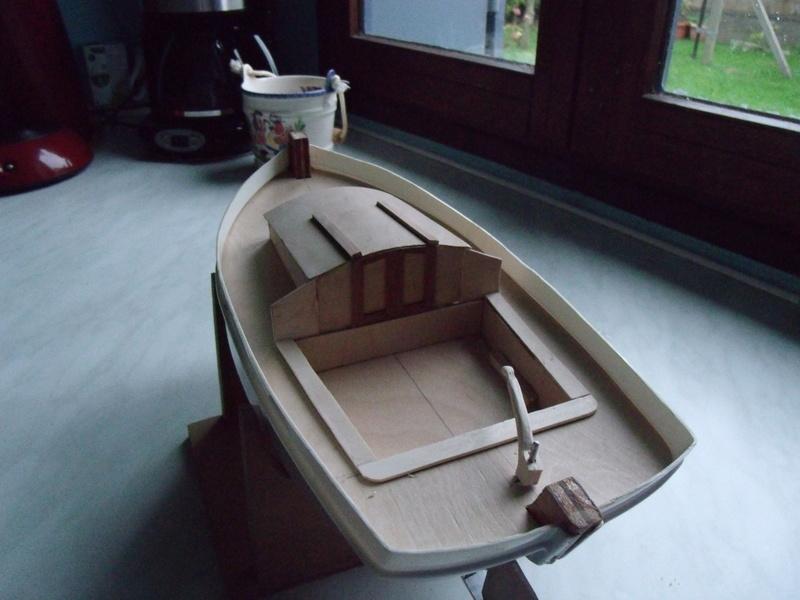 Un autre petit canot 00210