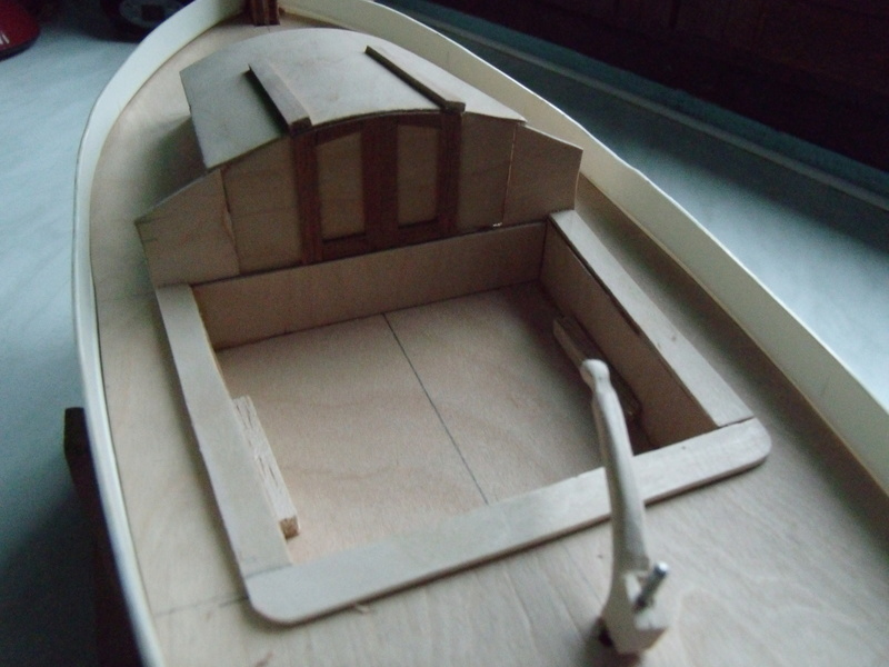 Un autre petit canot 00310
