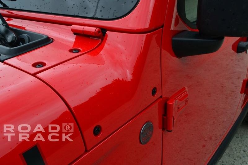 Galleria foto JL: iniziamo a conoscere meglio la Wrangler che verrà... Jeep-w17
