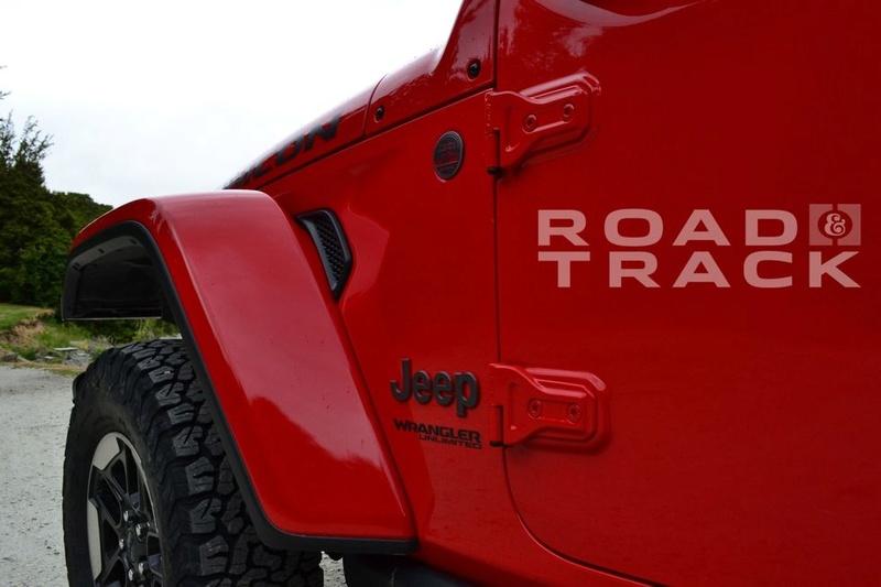 Galleria foto JL: iniziamo a conoscere meglio la Wrangler che verrà... Jeep-w19