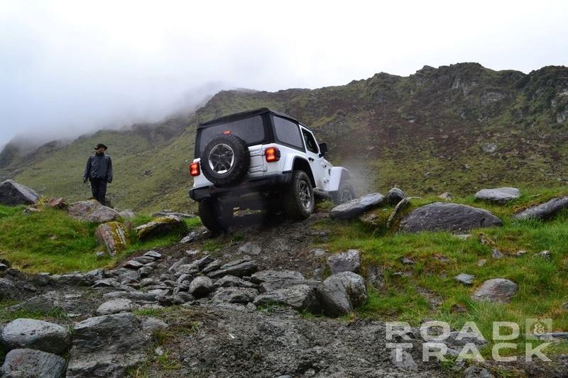 Galleria foto JL: iniziamo a conoscere meglio la Wrangler che verrà... Jeep-w22