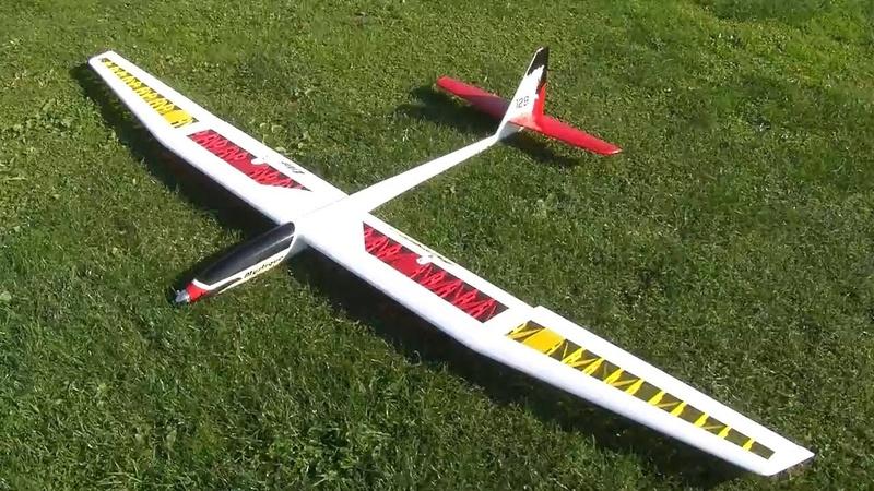 Cherche une paire d'aile de planeur Mystique 3 axes E flite Maxres10