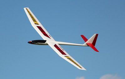 Cherche une paire d'aile de planeur Mystique 3 axes E flite Mystiq10