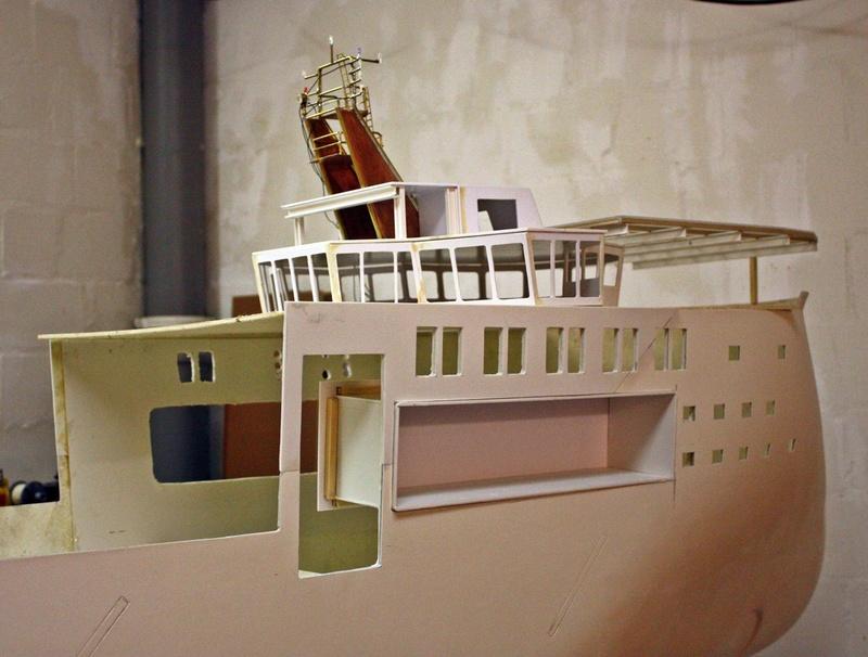 Bau eines X-Bow Schiffes in 1:50 Img_3310