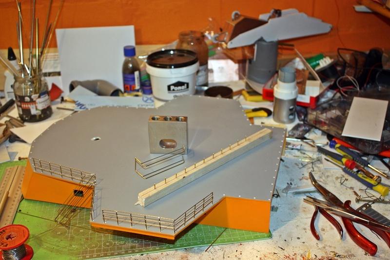 Bau eines X-Bow Schiffes in 1:50 Img_3416