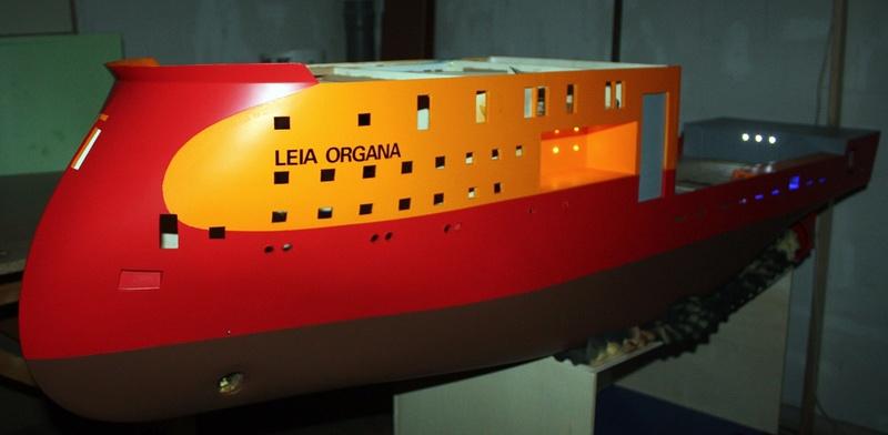Bau eines X-Bow Schiffes in 1:50 Leia110