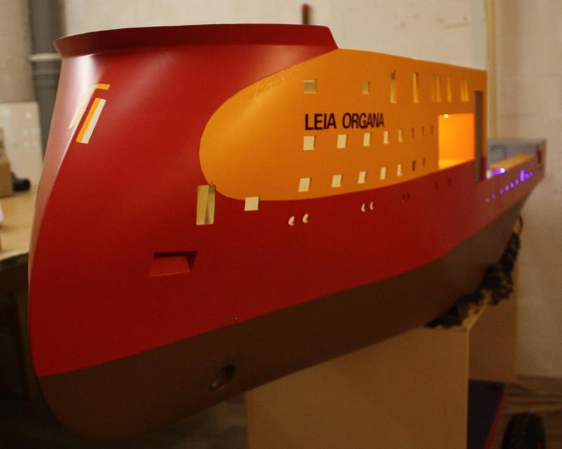 Bau eines X-Bow Schiffes in 1:50 Leia410