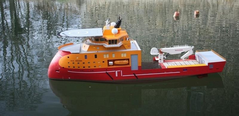 Bau eines X-Bow Schiffes in 1:50 Orga210