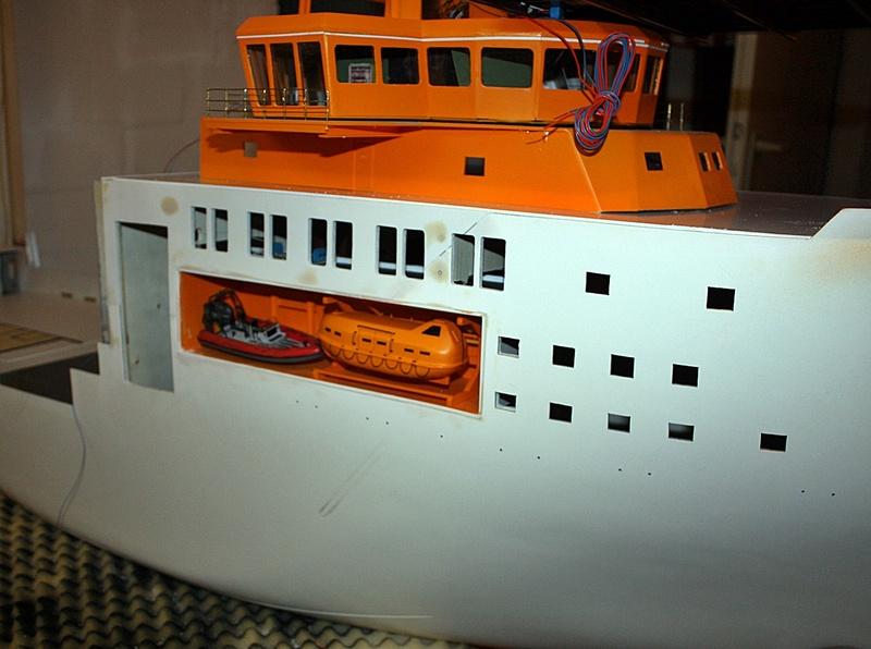 Bau eines X-Bow Schiffes in 1:50 Zz7911