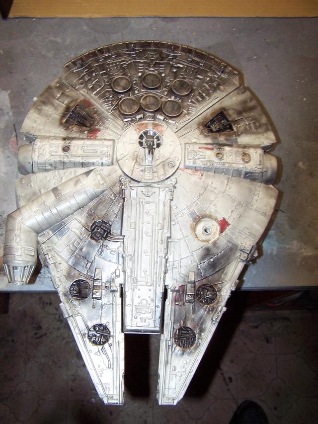 Meine Schrottmühle...Restauration eines Modells des Milenium Falcon vom AMT-Ertl 100_3573