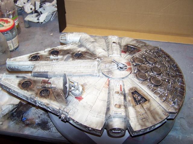 Meine Schrottmühle...Restauration eines Modells des Milenium Falcon vom AMT-Ertl 100_3574