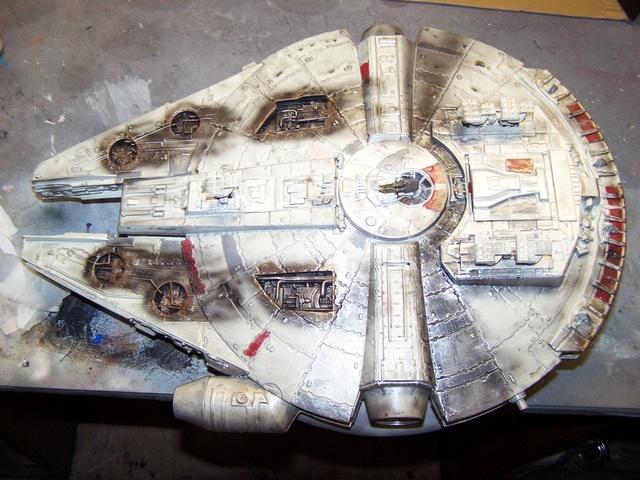 Meine Schrottmühle...Restauration eines Modells des Milenium Falcon vom AMT-Ertl 100_3613