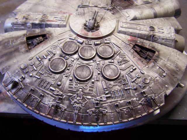 Meine Schrottmühle...Restauration eines Modells des Milenium Falcon vom AMT-Ertl 100_3616