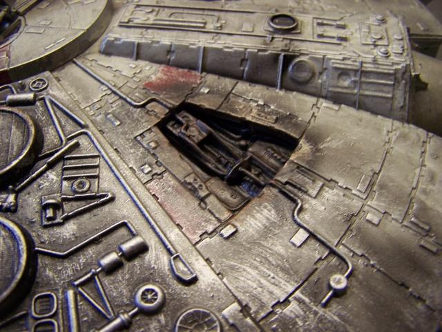 Meine Schrottmühle...Restauration eines Modells des Milenium Falcon vom AMT-Ertl 100_3621