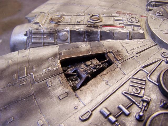 Meine Schrottmühle...Restauration eines Modells des Milenium Falcon vom AMT-Ertl 100_3622