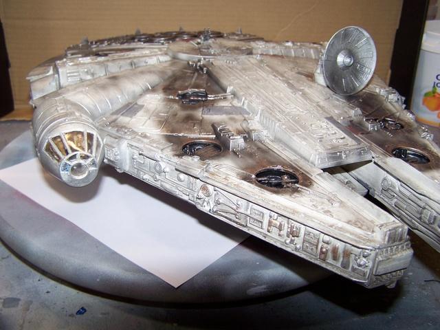 Meine Schrottmühle...Restauration eines Modells des Milenium Falcon vom AMT-Ertl 100_3625