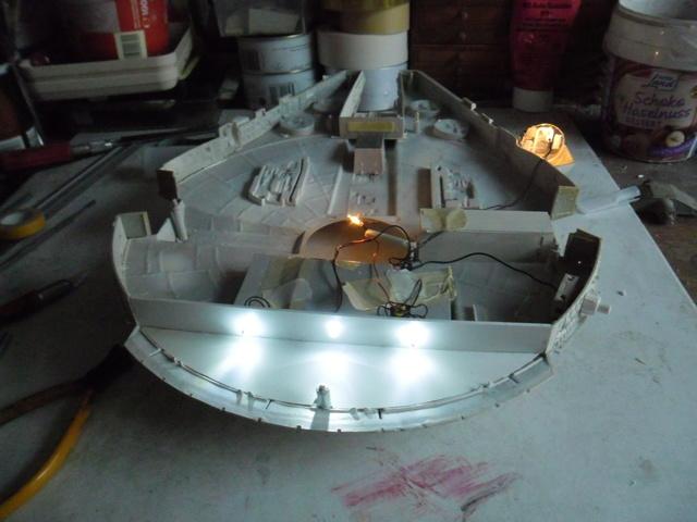 Meine Schrottmühle...Restauration eines Modells des Milenium Falcon vom AMT-Ertl 10d10