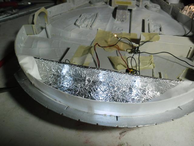 Meine Schrottmühle...Restauration eines Modells des Milenium Falcon vom AMT-Ertl 16c10