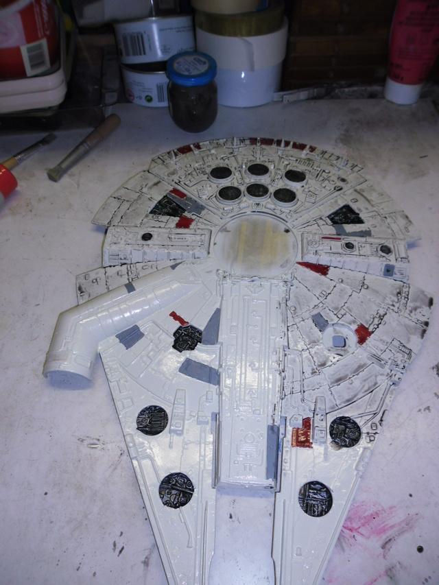 Meine Schrottmühle...Restauration eines Modells des Milenium Falcon vom AMT-Ertl 18a10