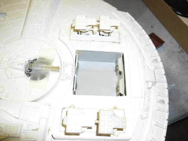 Meine Schrottmühle...Restauration eines Modells des Milenium Falcon vom AMT-Ertl 214