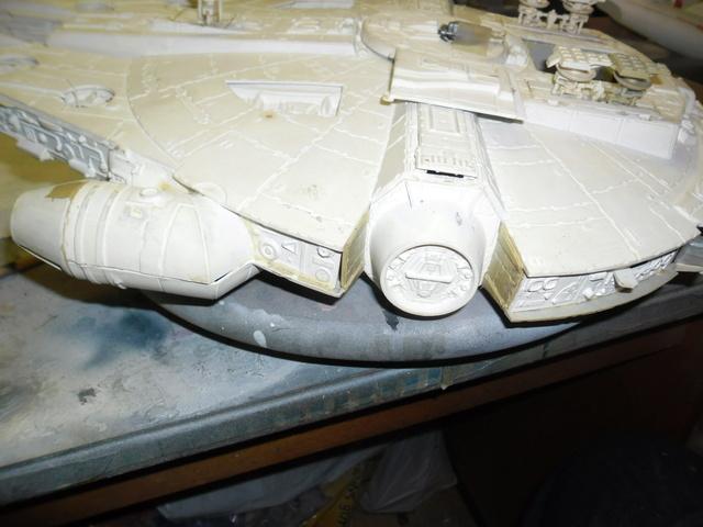 Meine Schrottmühle...Restauration eines Modells des Milenium Falcon vom AMT-Ertl 313