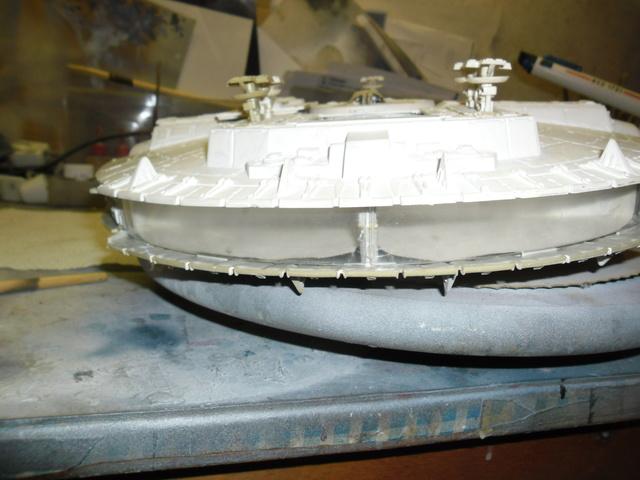 Meine Schrottmühle...Restauration eines Modells des Milenium Falcon vom AMT-Ertl 414