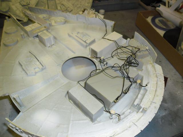 Meine Schrottmühle...Restauration eines Modells des Milenium Falcon vom AMT-Ertl 514