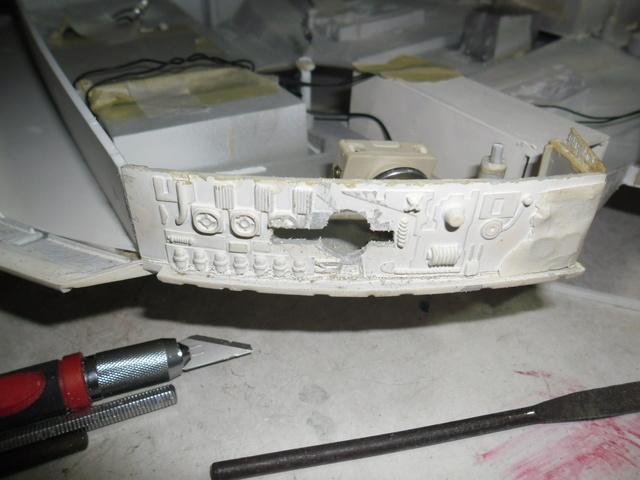 Meine Schrottmühle...Restauration eines Modells des Milenium Falcon vom AMT-Ertl 9a10