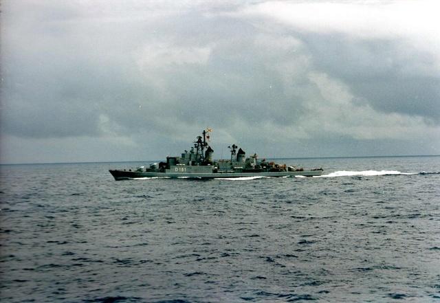 Zum Raketenschießen zu den Bahamas. Zerstörer Lütjens. Aa17