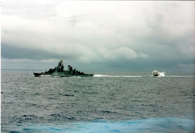 Zum Raketenschießen zu den Bahamas. Zerstörer Lütjens. Aaa13