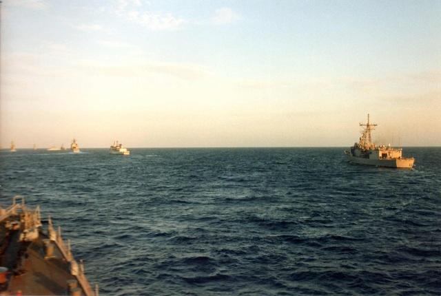 Zum Raketenschießen zu den Bahamas. Zerstörer Lütjens. Img34711