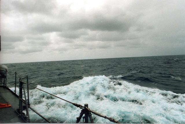 Zum Raketenschießen zu den Bahamas. Zerstörer Lütjens. Img34810