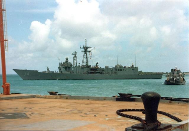 Zum Raketenschießen zu den Bahamas. Zerstörer Lütjens. Img36710