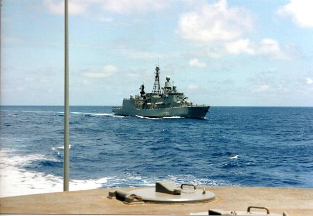 Zum Raketenschießen zu den Bahamas. Zerstörer Lütjens. Img37212