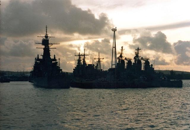 Zum Raketenschießen zu den Bahamas. Zerstörer Lütjens. Img37511