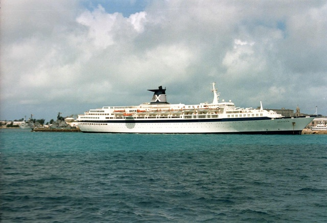 Zum Raketenschießen zu den Bahamas. Zerstörer Lütjens. Img37911