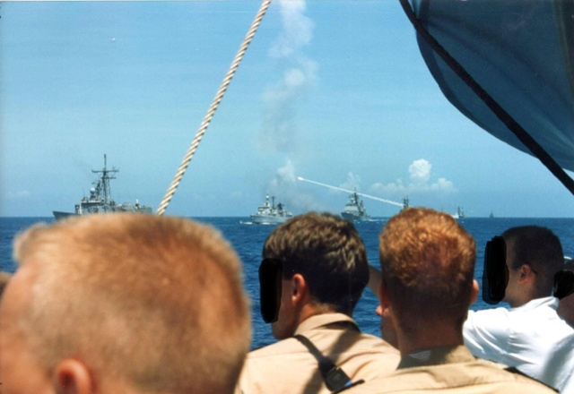 Zum Raketenschießen zu den Bahamas. Zerstörer Lütjens. Img39810