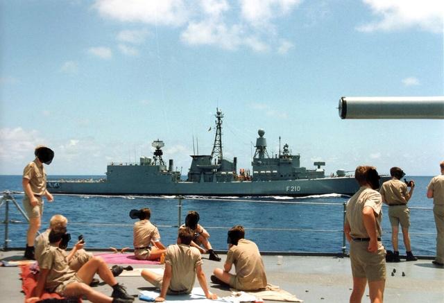 Zum Raketenschießen zu den Bahamas. Zerstörer Lütjens. Karlsr10