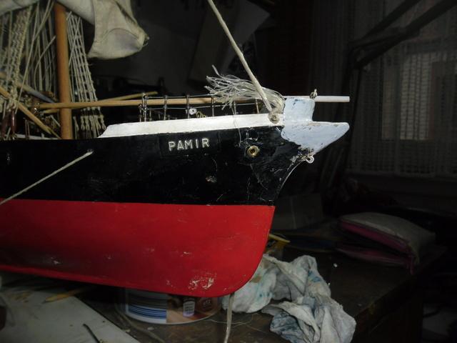 """Restaurierung eines Modells der """"Pamir"""" Sam_5010"""
