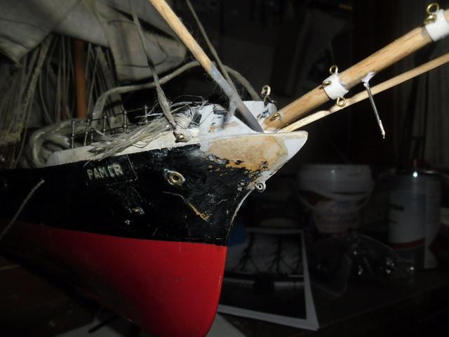 """Restaurierung eines Modells der """"Pamir"""" Sam_5130"""