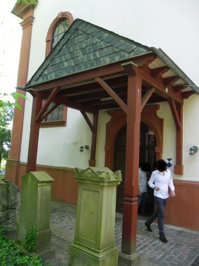 Die evangelische Bergkirche in Osthofen. Sam_8626
