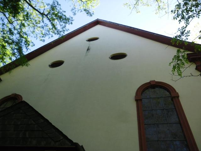 Die evangelische Bergkirche in Osthofen. Sam_8632