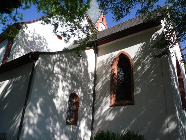 Die evangelische Bergkirche in Osthofen. Sam_8633