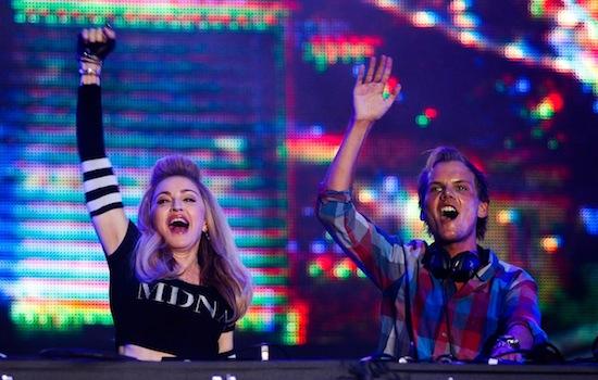 MUERE AViCii DJ SUECO A LOS 28 AÑOS Avicii10
