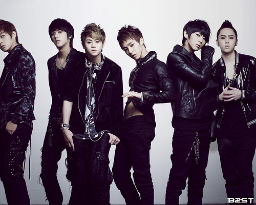 Post your favorite Kpop Artists' Pictures here!!~ ^_^ 46225410