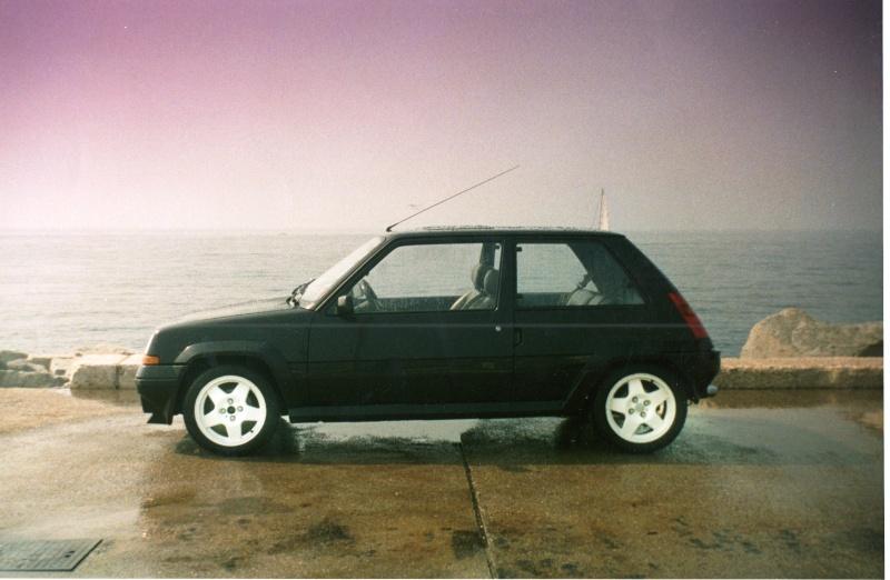 Ancien possesseur et toujours amoureux de la 5 Turbo... - Page 2 Img01910